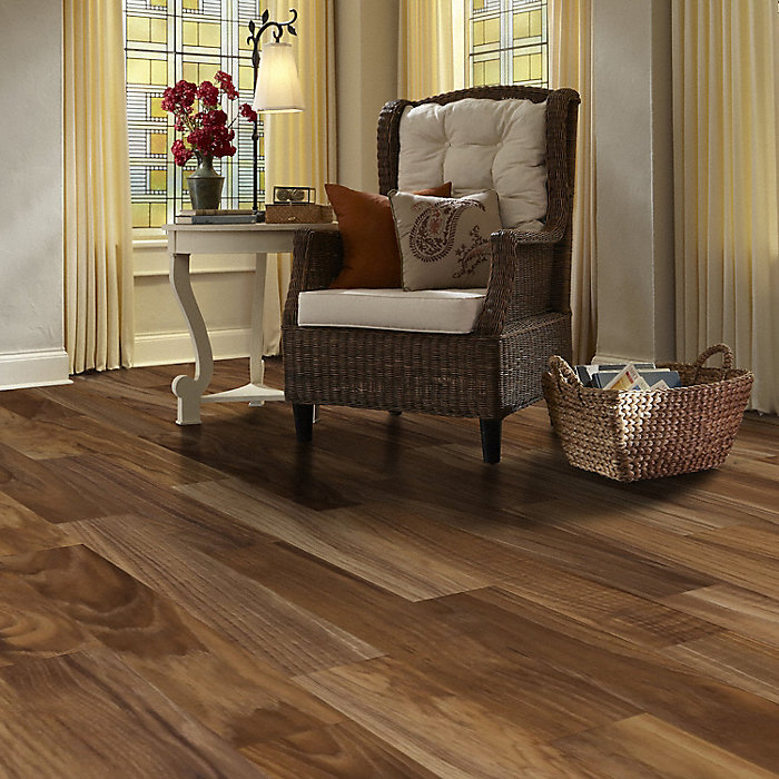 Dream Home 8mm Pad Fairfield County Hickory Laminate