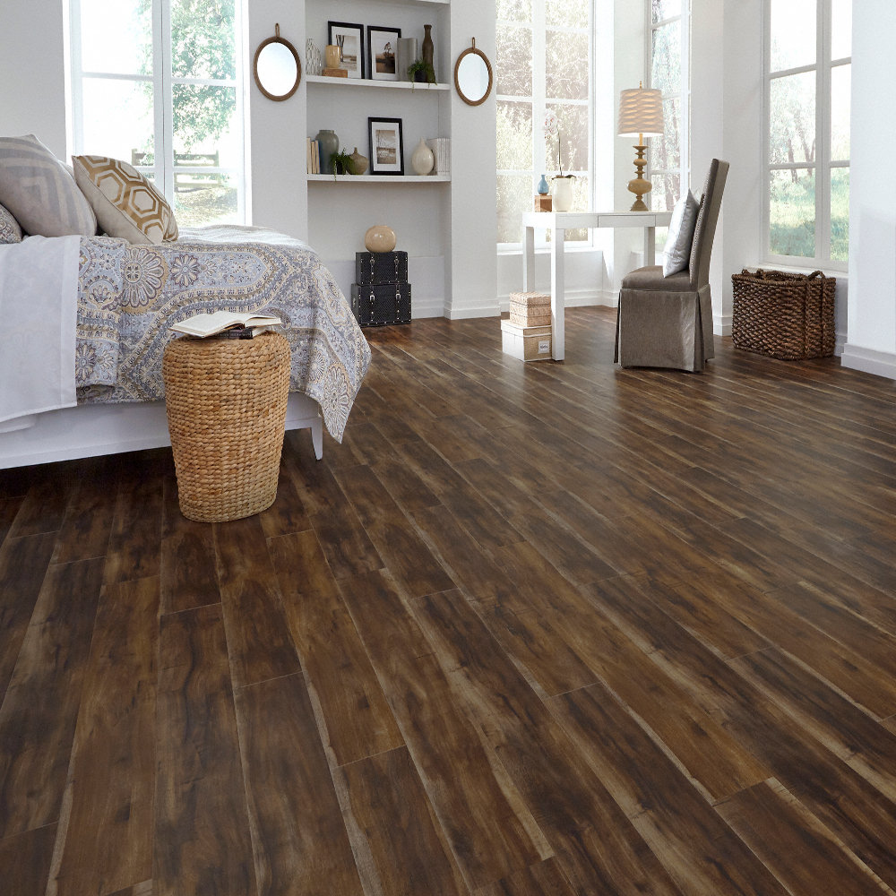 Dream Home St James 12mm Pad Antique Acacia Laminate