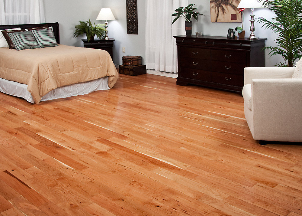 Clearance 3 4 x 4 natural american cherry bellawood for Bella hardwood flooring prices
